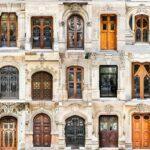 Порівняльний аналіз: двері вхідні металеві з ковкою та дерев'яні
